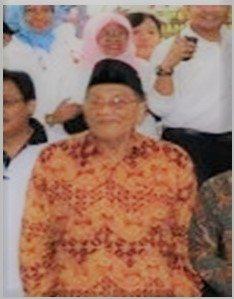 Drs. KRT H Anwar Chanani (Alumni Fakultas HESP 1959)