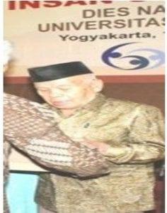 R Muhammad Badjuri, SH (Alumni Fakultas HESP 195..)