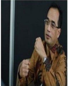 Ir. Budi Karya Sumadi (Alumni Teknik Arsitektur 1981)