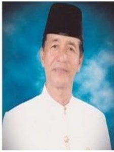 Drs. HM Jusuf Paddong (Alumni Fisipol 1970)