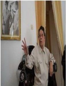 Drs. H Lalu Azhar (Alumni Fisipol 1961)