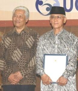 Drs. Sri Moelyanto (Alumni Fisipol 1967)